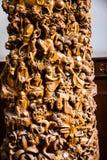 Rôle en bois finement découpé de Bouddha au temple chinois Images stock
