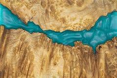 r?sine ?poxyde stabilisant le fond rouge en bois exotique de noeud d'Afzelia, photo d'image d'art abstrait images stock