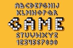 R?tro police de jeu vid?o de pixel 8 lettres et nombres de bit illustration de vecteur