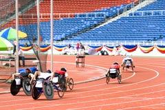 Raça da cadeira de roda   Imagens de Stock Royalty Free
