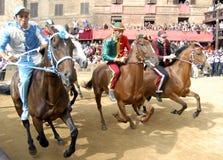 Raça de cavalo do palio de Siena imagem de stock royalty free
