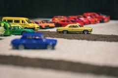 Raça dos carros coloridos pequenos Fotos de Stock Royalty Free