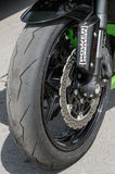 raças da motocicleta do Estrada-anel Fotografia de Stock Royalty Free