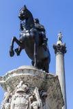 1ra estatua de rey Charles y columna de Nelsons en Trafalgar Square Fotografía de archivo libre de regalías