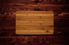 Raad van het bamboe de lege teken op bruine uitstekende houten plank, hoogste mening Royalty-vrije Stock Foto