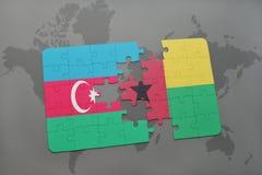 raadsel met de nationale vlag van azerbaijan en Guinea-Bissau op een wereldkaart Royalty-vrije Illustratie