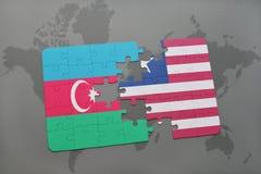 raadsel met de nationale vlag van azerbaijan en Liberia op een wereldkaart Stock Illustratie