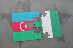 raadsel met de nationale vlag van azerbaijan en Nigeria op een wereldkaart Royalty-vrije Illustratie