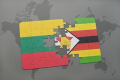 raadsel met de nationale vlag van Litouwen en Zimbabwe op een wereldkaart Stock Foto