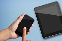 Raak het scherm aan slimme telefoon en tabletPC. Stock Afbeelding