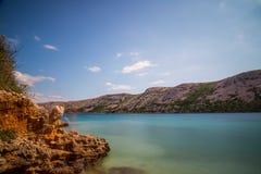 rab d'île de la Croatie de côte rocheux photo libre de droits