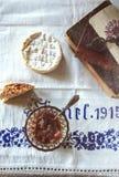 Rabarberjam en kaas Stock Afbeeldingen