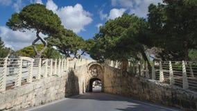 Rabat in Malta Ansicht über den kleinen Tunnel von Rabat zu Mdina stockbild
