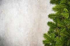 Rabatowy tło z świąteczną Bożenarodzeniową jodłą lub girlanda Zdjęcie Royalty Free