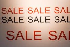 Rabatt för befordran för detaljhandel för erbjudande för SALE ordaffisch Royaltyfri Foto
