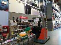 Rabatte auf Produkten an Selgros-Grossmarkt Stockfotografie