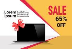 Rabatter för baner för Cybermåndag Sale mall på den moderna bärbara datorn Royaltyfria Bilder