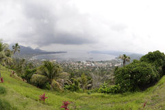 Rabaul Caldere und Vulkan Tavurur Stockbilder