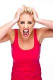Rabbia, frustrazione - donna che grida alla macchina fotografica Fotografie Stock Libere da Diritti