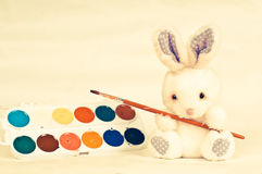 Rabbith with brush Royalty Free Stock Photos