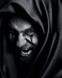 Rabia del hombre maléfico fantasmagórico malvado enojado Imagenes de archivo