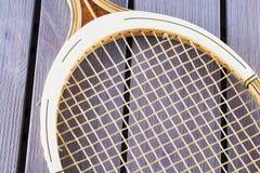Racchetta di tennis di legno fotografia stock