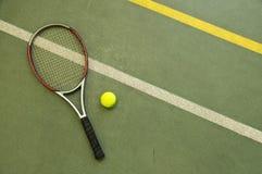 Racchetta e sfera di tennis wallpaper Fotografia Stock