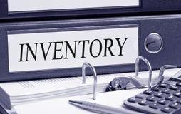 Raccoglitore di inventario nell'ufficio fotografia stock