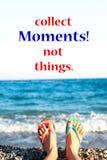 Raccolga i momenti! Non cose Fondo di rilassamento delle onde di oceano Immagini Stock Libere da Diritti