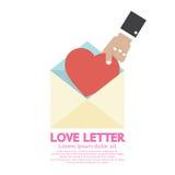 Raccolga a mano un concetto della lettera di amore del cuore Immagini Stock Libere da Diritti