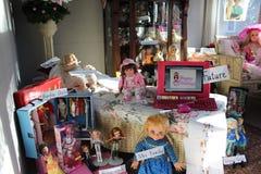 Raccolta antica delle bambole Fotografie Stock