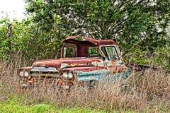 Raccolta d'annata abbandonata e nociva di Chevrolet Fotografie Stock