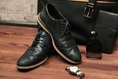 Raccolta degli accessori e dei vestiti di affari dell'uomo Fotografie Stock