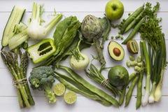 Raccolta degli ingredienti verdi della verdura e della frutta Immagini Stock Libere da Diritti