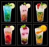 Raccolta dei cocktail tropicali variopinti Immagini Stock