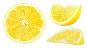 Raccolta dei limoni gialli freschi isolati su bianco Immagine Stock