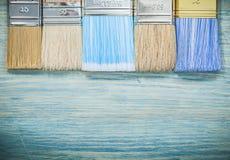Raccolta dei pennelli sul concetto di legno della costruzione del bordo Fotografia Stock Libera da Diritti
