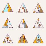 Raccolta dei triangoli geometrici illustrazione di stock