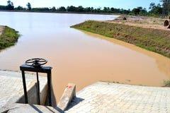 Raccolta del fiume in Buri Ram Thailand Damn Opening immagine stock