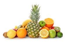 Raccolta dell'arcobaleno dei frutti maturi immagine stock