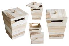 Raccolta della scatola di legno isolata su fondo bianco Immagini Stock