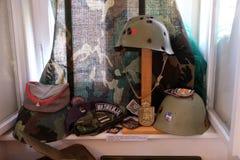 Raccolta delle armi e delle attrezzature utilizzate durante la guerra per indipendenza croata, Pakrac, Croazia Immagine Stock Libera da Diritti
