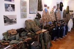 Raccolta delle armi e delle attrezzature utilizzate durante la guerra per indipendenza croata, Pakrac, Croazia Fotografia Stock