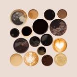 Raccolta delle cime delle tazze di caffè isolate su bianco Immagine Stock