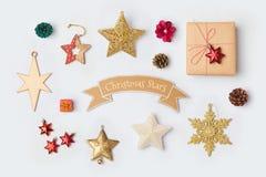 Raccolta delle decorazioni della stella di Natale per derisione su progettazione del modello Vista da sopra Fotografia Stock