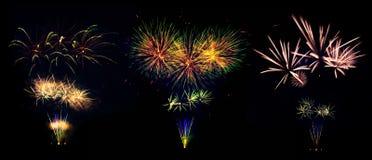 Raccolta delle esplosioni dei fuochi d'artificio isolata su fondo nero Fotografia Stock