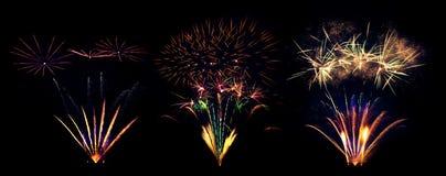 Raccolta delle esplosioni dei fuochi d'artificio isolata su fondo nero Immagini Stock