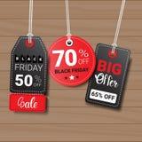 Raccolta delle etichette di Black Friday sulle icone strutturate di legno di acquisto del fondo Fotografie Stock