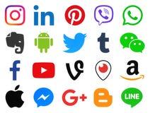 Raccolta delle icone sociali di media di colore popolare Fotografia Stock