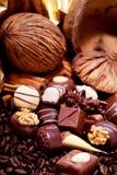 Raccolta delle praline differenti del cioccolato zuccherato Immagine Stock
